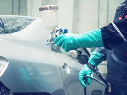spuitwerk auto - lakken auto - wagen herspuiten - kostprijs herspuiten auto - simoniseren auto